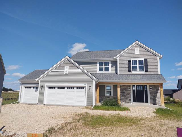 210 Countryside Dr, Slinger, WI 53086 (#1745852) :: Re/Max Leading Edge, The Fabiano Group