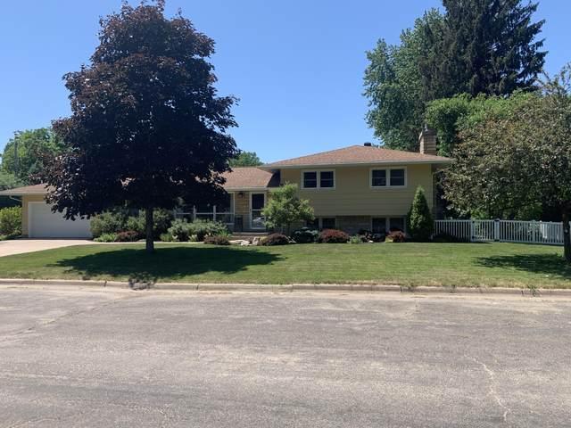 876 Janice Ct W, La Crosse, WI 54601 (#1746065) :: OneTrust Real Estate