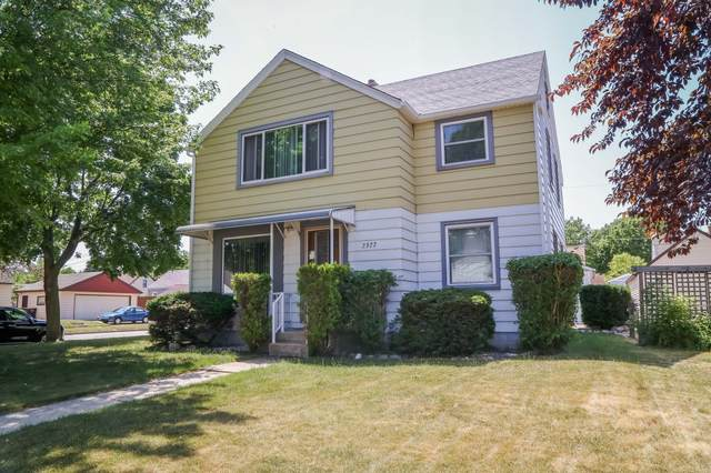 6404 W Hayes Ave 2377 S 64th St, West Allis, WI 53219 (#1746177) :: Re/Max Leading Edge, The Fabiano Group