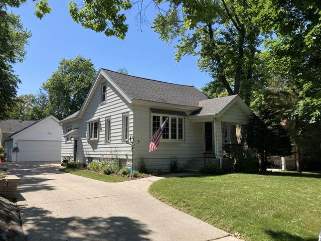 523 N 115th St, Wauwatosa, WI 53226 (#1746486) :: Keller Williams Realty - Milwaukee Southwest