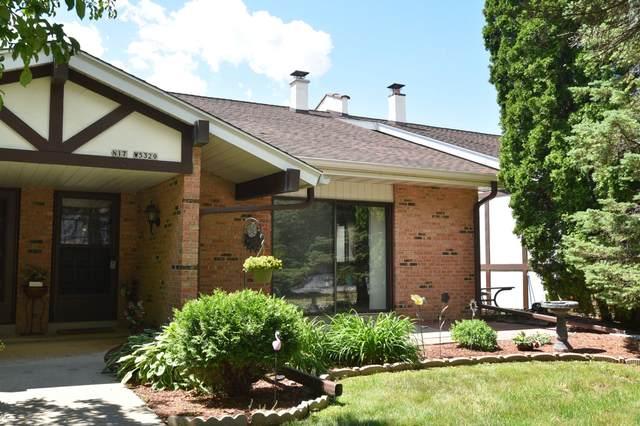N17W5329 Garfield Ct, Cedarburg, WI 53012 (#1747994) :: Tom Didier Real Estate Team