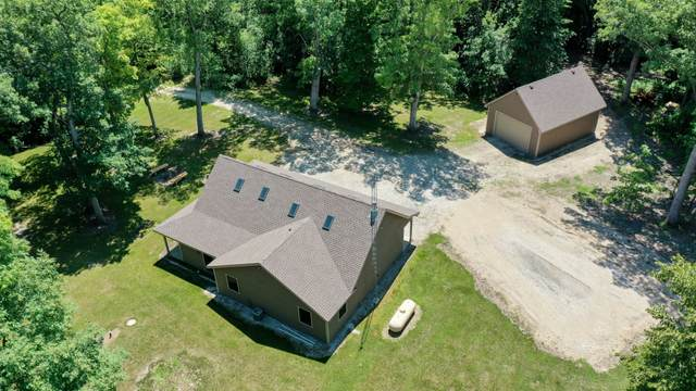 35200 Loland Dr, Waterford, WI 53185 (#1749208) :: OneTrust Real Estate
