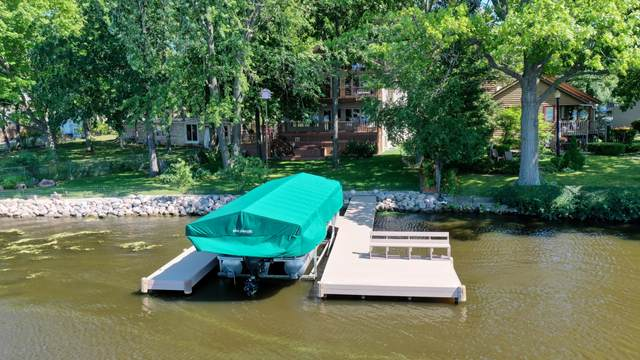 4944 Elm Island Cir, Waterford, WI 53185 (#1749934) :: OneTrust Real Estate