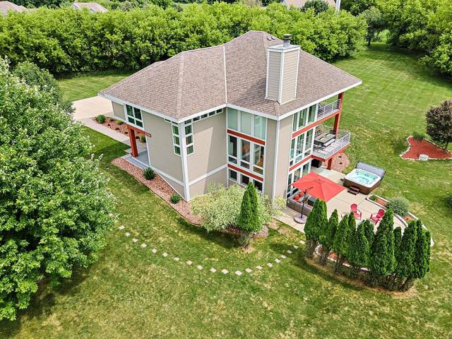 3784 Raptor Ct, Richfield, WI 53017 (#1751919) :: EXIT Realty XL