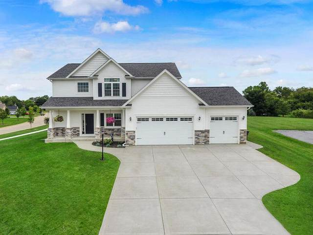 24406 85th St, Salem Lakes, WI 53168 (#1752334) :: RE/MAX Service First