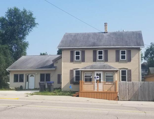 509 Madison Ave, Cascade, WI 53011 (#1752551) :: Re/Max Leading Edge, The Fabiano Group