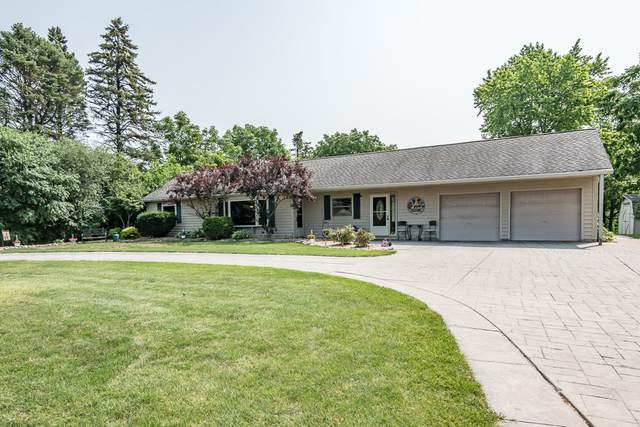 1250 Davidson Rd, Brookfield, WI 53045 (#1753308) :: OneTrust Real Estate