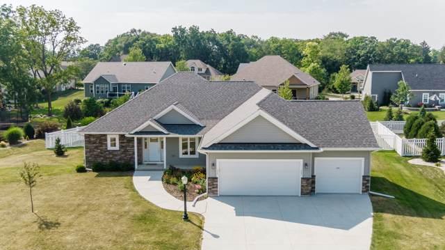 2201 Ravenswood Rd, Burlington, WI 53105 (#1754077) :: OneTrust Real Estate