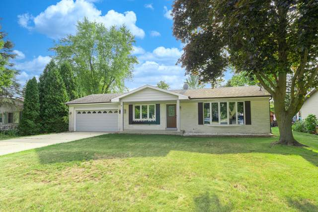 700 S 18th Ave, West Bend, WI 53095 (#1754245) :: EXIT Realty XL