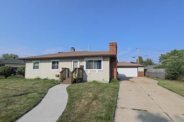 8543 19th Ave, Kenosha, WI 53143 (#1754495) :: Tom Didier Real Estate Team