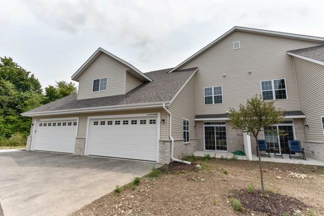 W197N16906 Stonewall Dr, Jackson, WI 53037 (#1754844) :: Re/Max Leading Edge, The Fabiano Group
