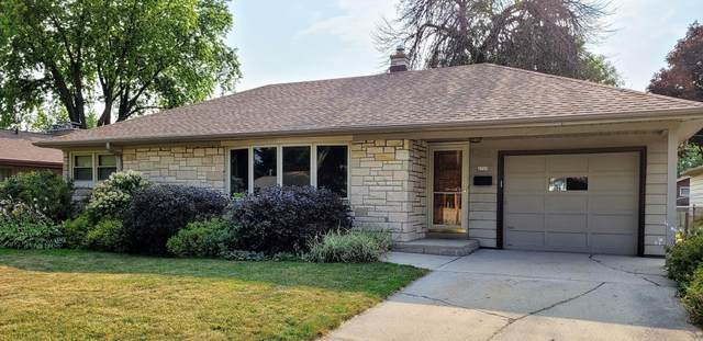 2729 S 75th St, West Allis, WI 53219 (#1754965) :: EXIT Realty XL