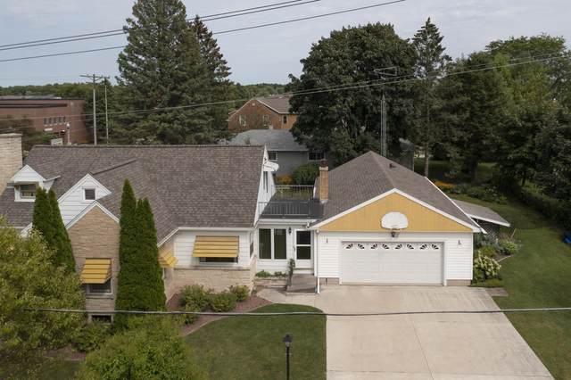 194 N Washington St, Elkhart Lake, WI 53020 (#1755053) :: RE/MAX Service First
