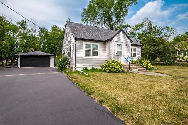 23820 82nd St, Salem Lakes, WI 53168 (#1755405) :: Re/Max Leading Edge, The Fabiano Group