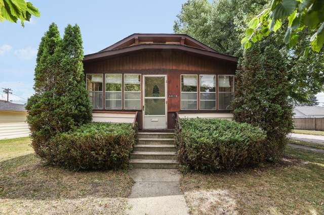6829 36th Ave, Kenosha, WI 53142 (#1755575) :: OneTrust Real Estate