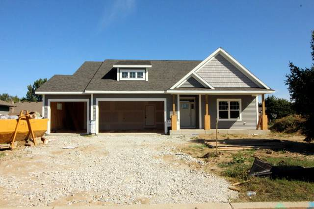 910 Horner Dr, Caledonia, WI 53402 (#1757920) :: EXIT Realty XL