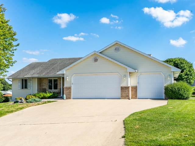 3727 Stone Ridge Dr, Janesville, WI 53548 (#1758112) :: EXIT Realty XL