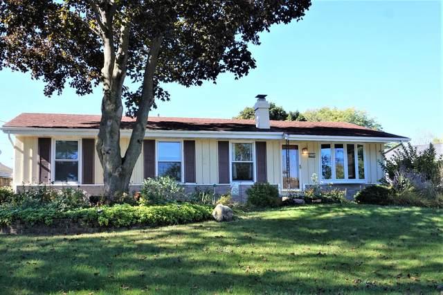 233 E Beutel Rd, Port Washington, WI 53074 (#1758761) :: Tom Didier Real Estate Team