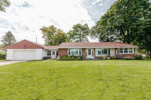 14411 W Greenfield Ave, New Berlin, WI 53151 (#1763367) :: RE/MAX Service First