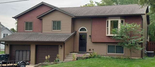 23403 84th Pl, Salem Lakes, WI 53168 (#1763516) :: Re/Max Leading Edge, The Fabiano Group
