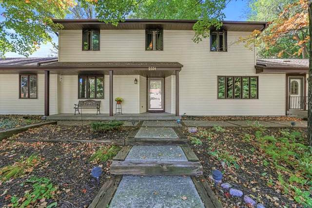 2331 Park Ave, West Bend, WI 53090 (#1764145) :: RE/MAX Service First