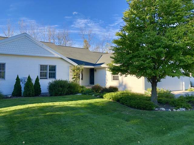523 Otto Way, Elkhart Lake, WI 53020 (#1765066) :: RE/MAX Service First