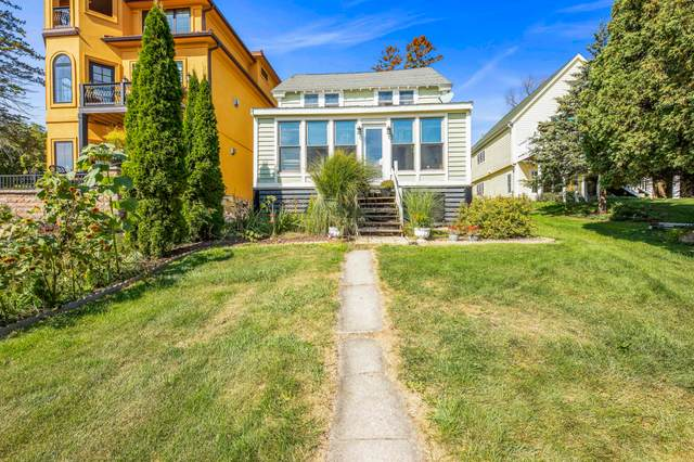 N26W30285 Maple Ave, Delafield, WI 53072 (#1765732) :: RE/MAX Service First