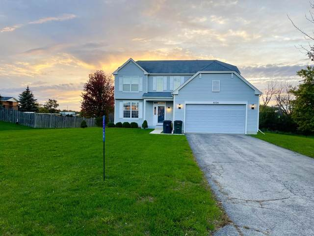8724 246th Ct, Salem Lakes, WI 53168 (#1767689) :: EXIT Realty XL