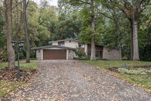 15205 Westover Rd, Elm Grove, WI 53122 (#1767956) :: RE/MAX Service First