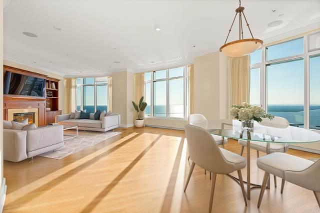 825 N Prospect Ave #2202, Milwaukee, WI 53202 (#1767992) :: Ben Bartolazzi Real Estate Inc