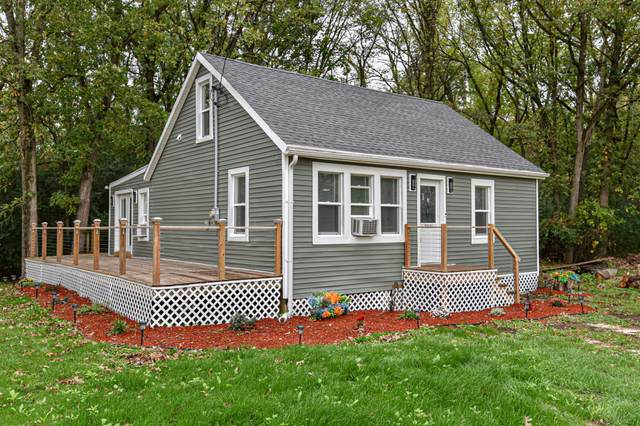 N2461 Phyllis Wheatly Dr, Bloomfield, WI 53105 (#1768081) :: Re/Max Leading Edge, The Fabiano Group