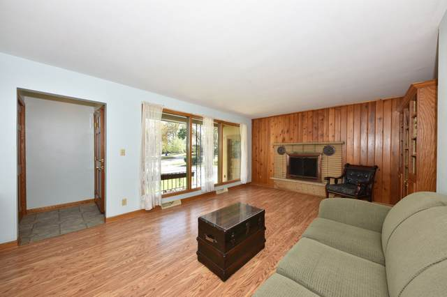 335 S Eva St, Port Washington, WI 53074 (#1768680) :: Tom Didier Real Estate Team