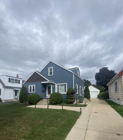 4720 W Fillmore Dr, Milwaukee, WI 53219 (#1768842) :: RE/MAX Service First