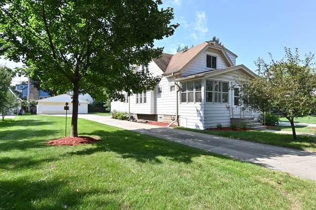 7823 Eagle St, Wauwatosa, WI 53213 (#1769049) :: Ben Bartolazzi Real Estate Inc