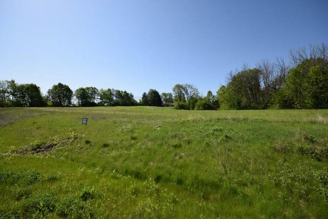 4195 N Woodcrest Ridge Dr (Lot 28), West Bend, WI 53095 (#1378662) :: RE/MAX Service First
