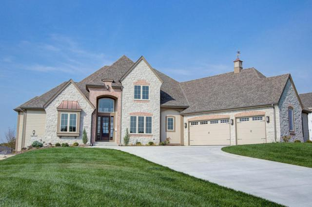 1630 Twisted Oak Ct, Hartland, WI 53029 (#1536835) :: NextHome Prime Real Estate