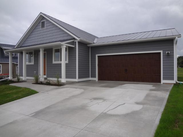 125 Peter Thein Ave, Belgium, WI 53004 (#1543915) :: Tom Didier Real Estate Team