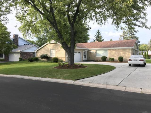 12610 N Jonquil Ct, Mequon, WI 53092 (#1548210) :: Vesta Real Estate Advisors LLC