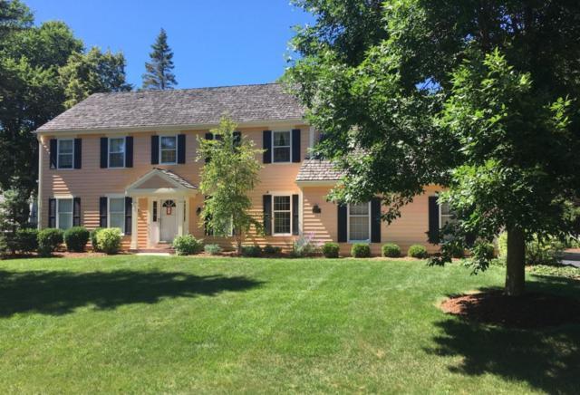 9627 N Lamplighter Ln, Mequon, WI 53092 (#1551214) :: Vesta Real Estate Advisors LLC