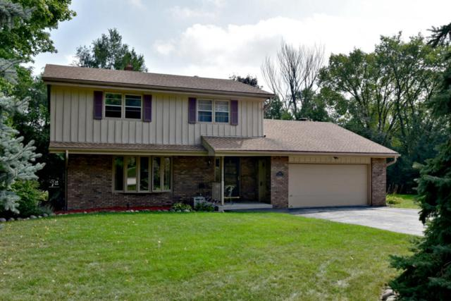 1370 S Parkway Dr, Brookfield, WI 53005 (#1551555) :: Vesta Real Estate Advisors LLC