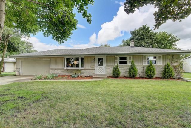 N82W14470 Oxford St, Menomonee Falls, WI 53051 (#1554385) :: Vesta Real Estate Advisors LLC