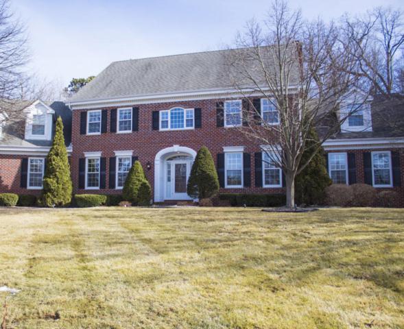 13815 Fairfield Ct, Elm Grove, WI 53122 (#1570030) :: Vesta Real Estate Advisors LLC