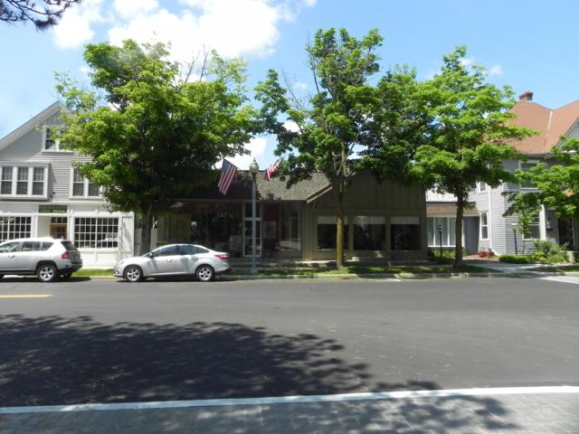 161 Green Bay Rd, Thiensville, WI 53092 (#1579129) :: Tom Didier Real Estate Team