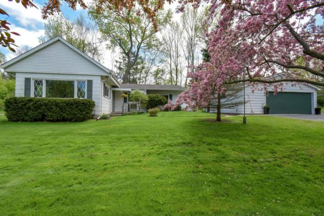 4545 W Laverna Ave, Mequon, WI 53092 (#1586056) :: Tom Didier Real Estate Team