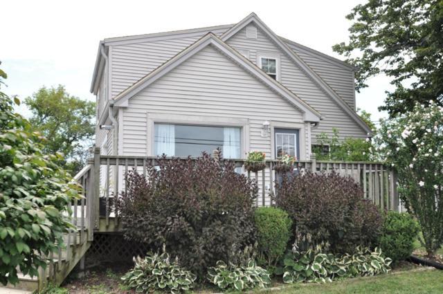 2517 W Hilltop Ln, Oak Creek, WI 53154 (#1600613) :: Vesta Real Estate Advisors LLC