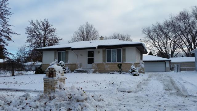 6603 59th Ave, Kenosha, WI 53142 (#1610376) :: Tom Didier Real Estate Team