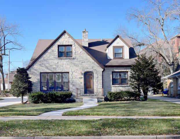 521 Pleasant View St, Wauwatosa, WI 53226 (#1616318) :: Vesta Real Estate Advisors LLC