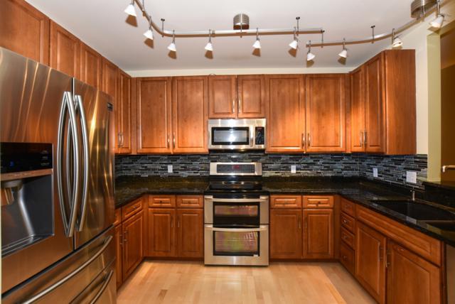 1717 E Kensington Blvd #202, Shorewood, WI 53211 (#1620692) :: Tom Didier Real Estate Team