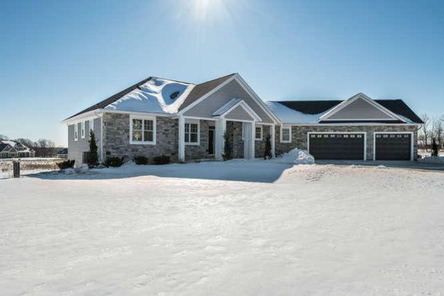 3977 Timber Stone Ct, Richfield, WI 53033 (#1621826) :: RE/MAX Service First Service First Pros