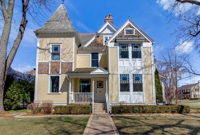 524 E Day Ave, Whitefish Bay, WI 53217 (#1630769) :: Tom Didier Real Estate Team